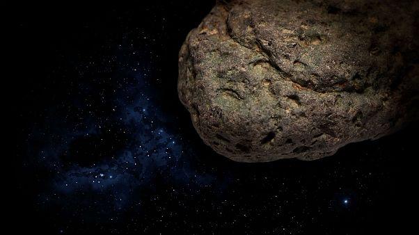 К Земле приближается крупнейший астероид