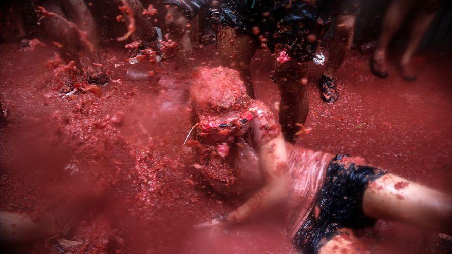 La Tomatina festivalinde 160 ton domates kullanıldı