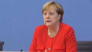 Merkel Türkiye'ye veto kartını çekti