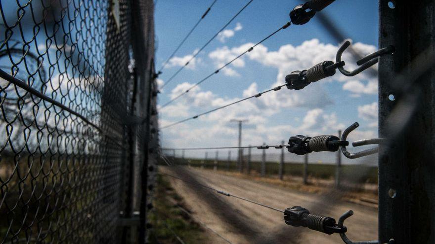 Zaun gegen Flüchtlinge aus Solidarität? Orban will 400 Mio. Euro von der EU
