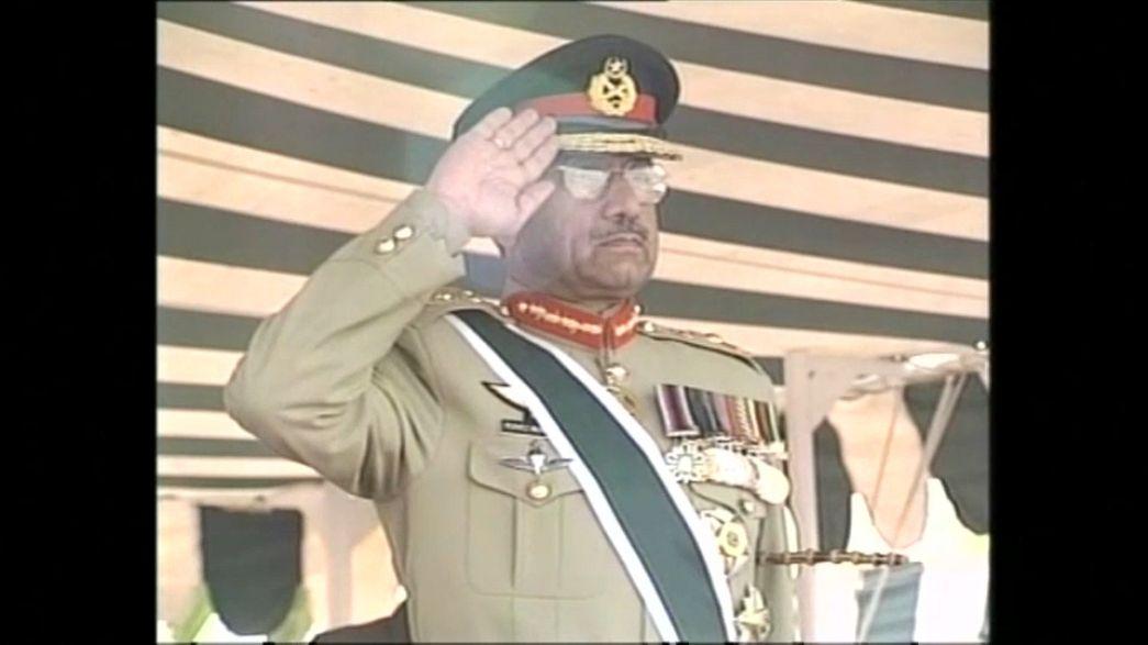 Eski Pakistan Devlet Başkanı Pervez Müşerref kaçak ilan edildi