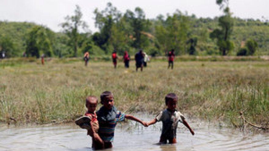 دعوة إلى تأمين الحقوق في ميانمار إثر هرب آلاف مسلمي الروهينغا نحو بنغلاديش