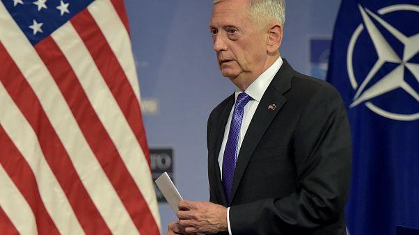 ماتيس يوقع أوامر لإرسال قوات إضافية إلى أفغانستان