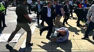 Erdogan botrányosnak nevezte a testőrei elleni eljárást