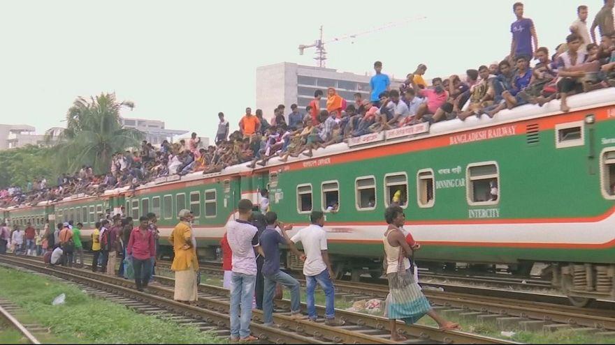 تهافت لاستقلال القطارات قبيل عيد الأضحى في بنغلادش