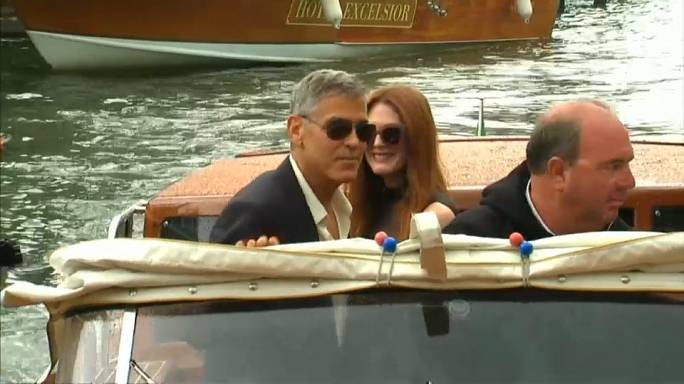 Venedig trumpft mit Stars wie George Clooney und Julianne Moore