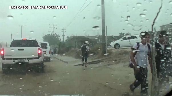 Tempestade Lídia sopra a 65 quilómetros por hora no México