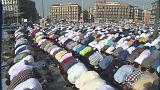 Мусульманская молитва на неаполитанской площади