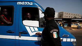 Côte d'Ivoire: les «microbes» égorgent un policier à Abidjan