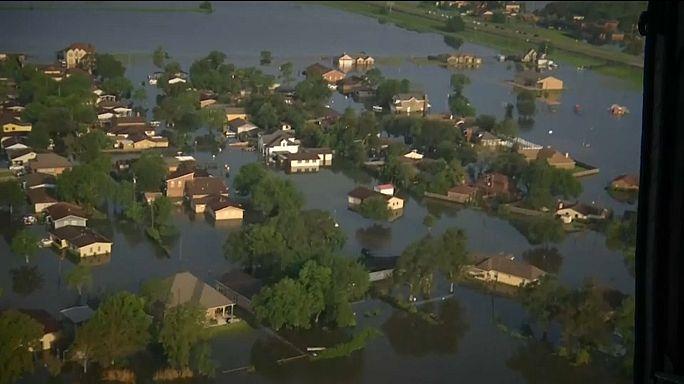 Несмотря на наводнения, Техас остался без воды