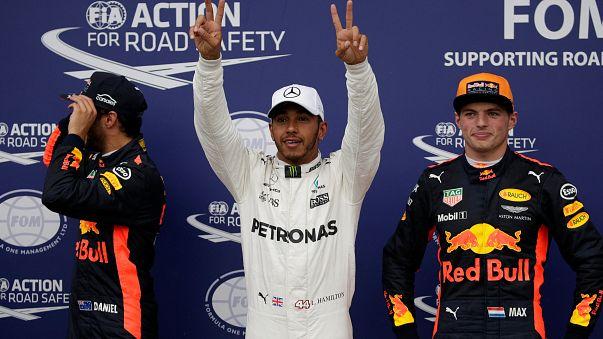 Forma-1: Hamilton rekorddal indulhat az élről