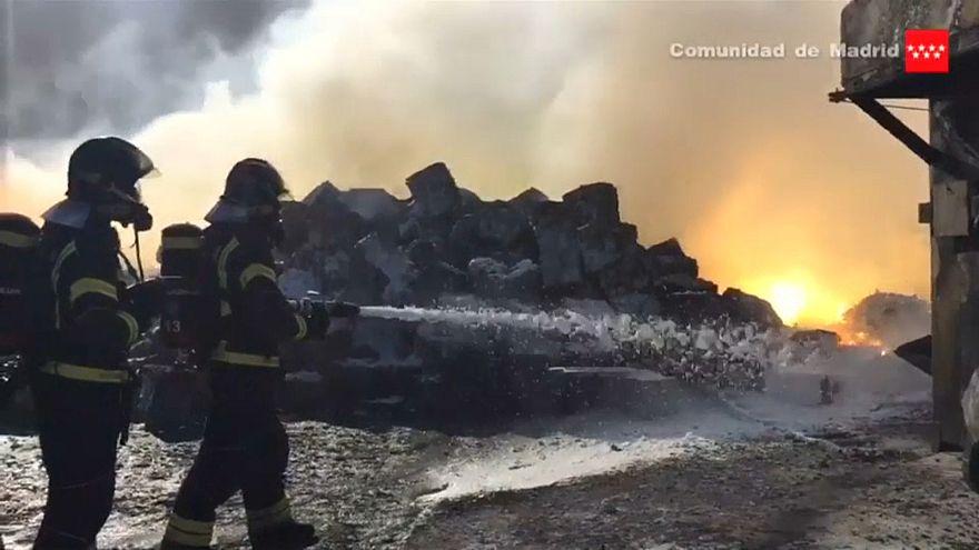 Levantado alerta tóxico depois do incêndio em Fuenlabrada
