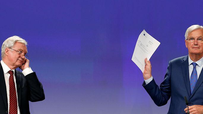 """Brexit: per Davis """"sciocca"""" la Commissione Ue"""