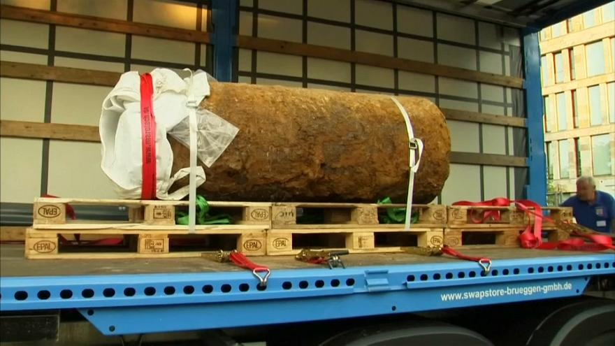 Frankfurt'ta bulunan bomba başarıyla imha edildi
