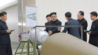 Seúl recrea un ataque con misiles contra una base nuclear en Corea del Norte