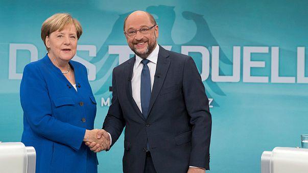 """ميركل: """"لا يمكن لتركيا الانضمام إلى الاتحاد الأوروبي"""""""