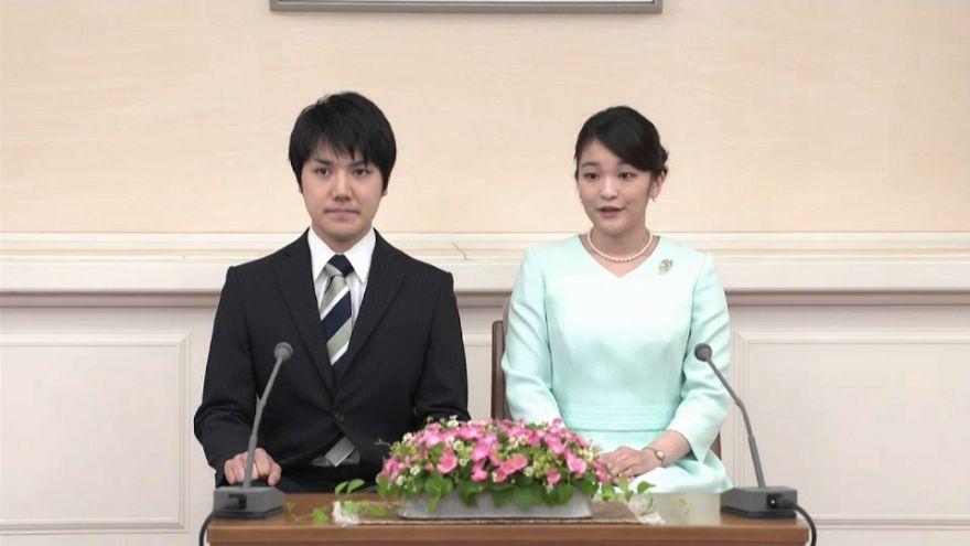 Japon Prenses garson sevgilisi için unvanından vazgeçti