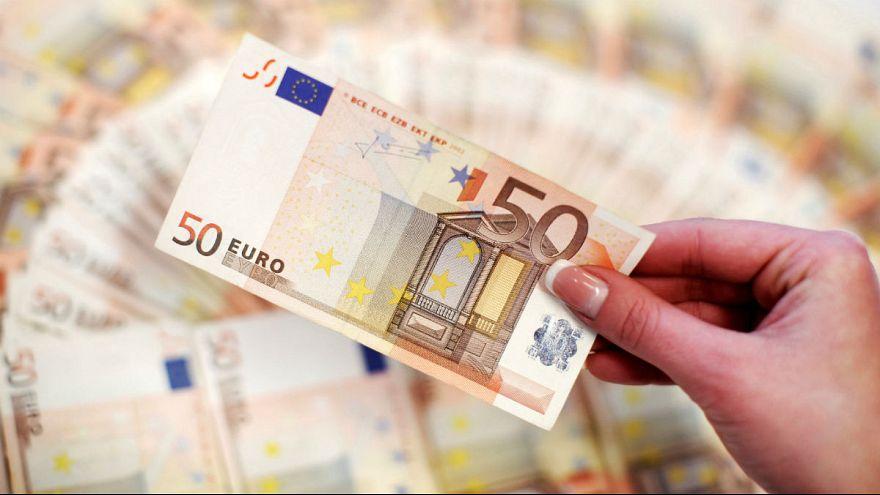 Δρομολογήθηκε η έξοδος της Ελλάδας από τη διαδικασία υπερβολικού ελλείμματος