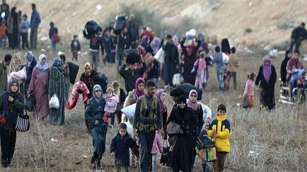 """وزارة الدفاع الروسية: """"400 نازح سوري يعودون إلى ديارهم في حلب"""""""