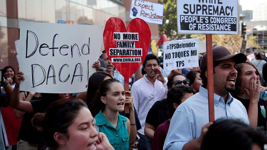 Szigorítana az illegális bevádorló gyerekeket védő programon Trump