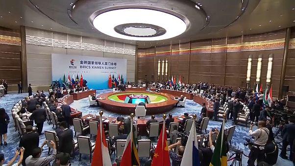 Οργισμένο το Πεκίνο για τις απειλές Τραμπ