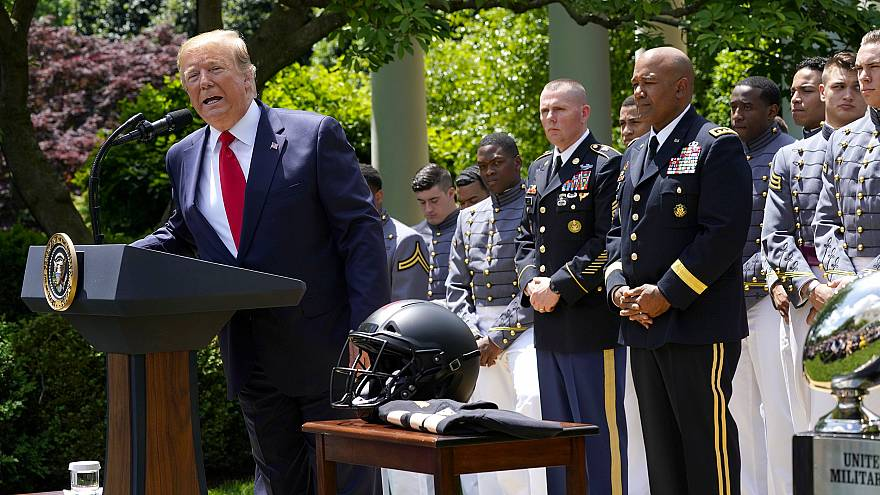 Image: U.S. President Trump welcomes U.S. Military Academy Football Team at