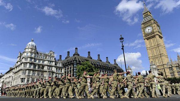 Des néo-nazis dans l'armée britannique : ils préparaient des attentats