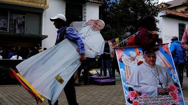 Francisco llega a Colombia para bendecir la paz