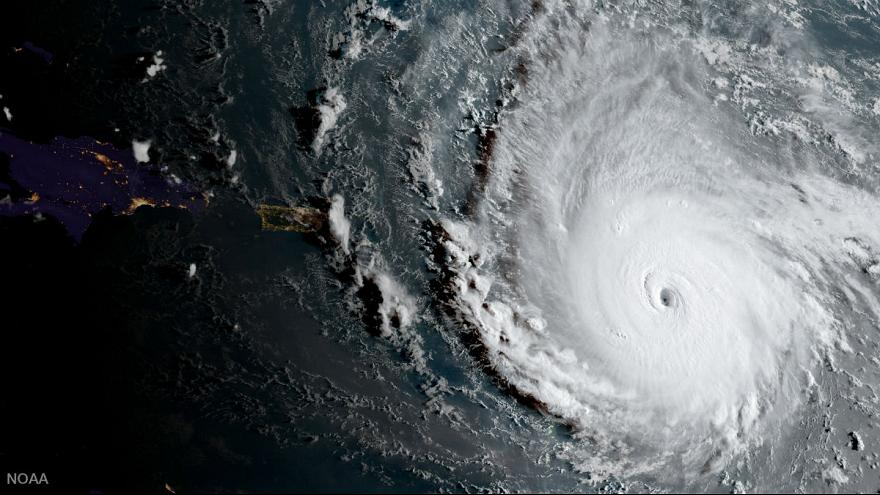 Irma : 85 000 personnes confinées à St-Martin et St-Barthélémy