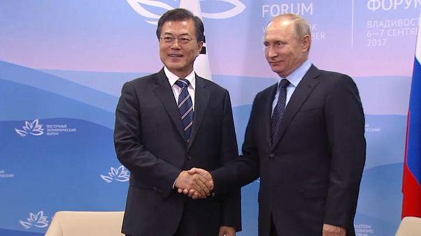 كوريا الشمالية على طاولة البحث بين بوتين ومون