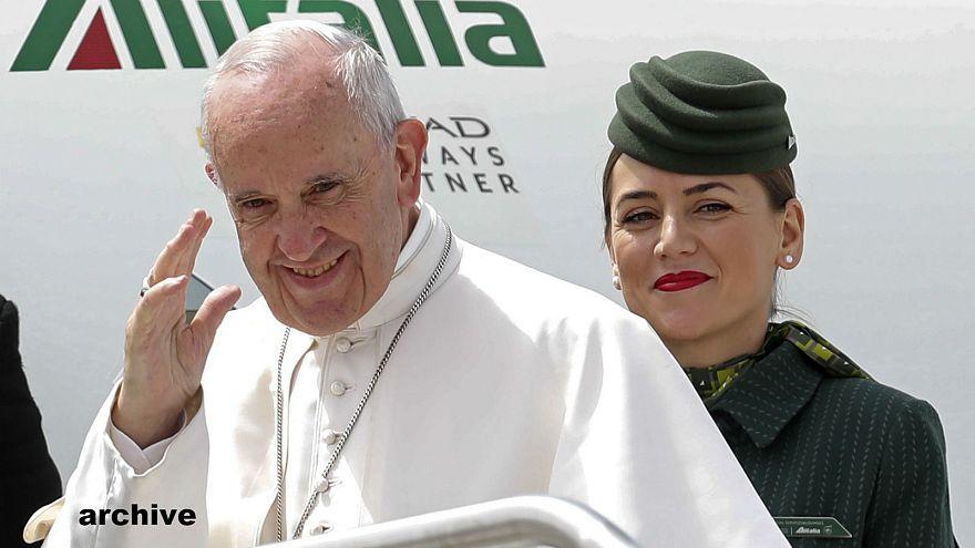 Il papa parte per la Colombia
