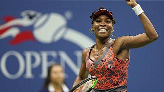 US Open: Venus Williams honfitársával játszik a legjobb négy között
