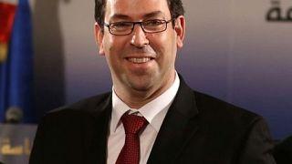 تعديل وزاري واسع في تونس يشمل وزيري الدفاع والداخلية