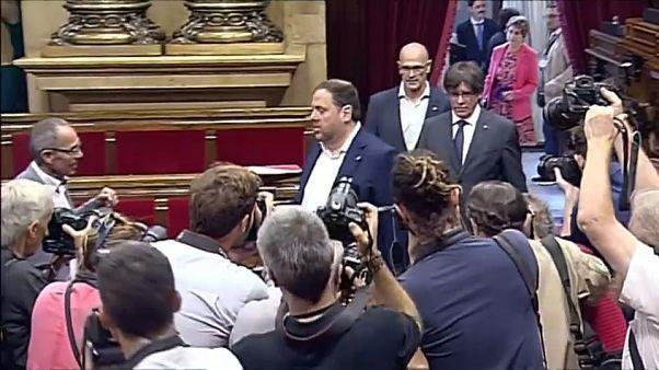 El Parlament debate la ley del referéndum del 1-O