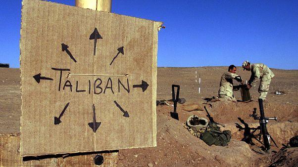 ارتش افغانستان: ایران به طالبان سلاح می دهد