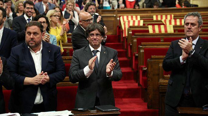 Catalogna: sì del Parlamento al referendum sull'indipendenza