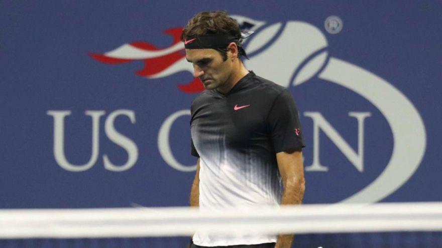 Роджер Федерер в ауте