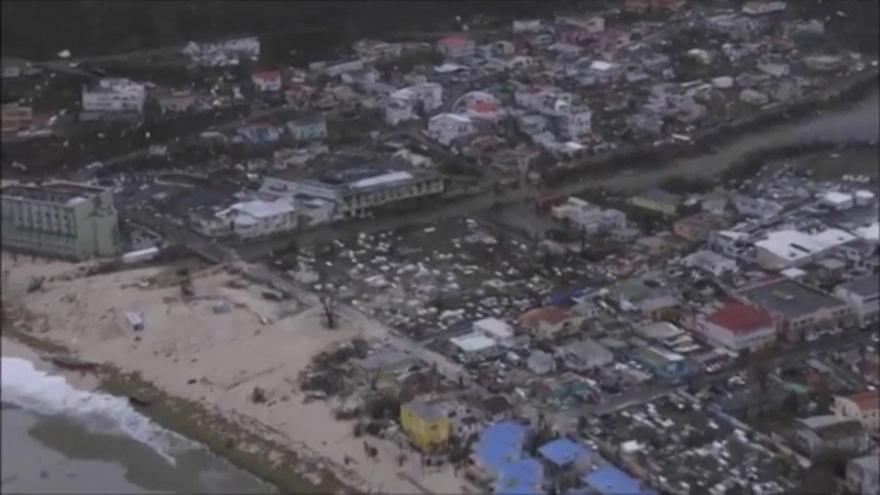 Irma devasta Saint-Martin e avança para a Rep. Dominicana