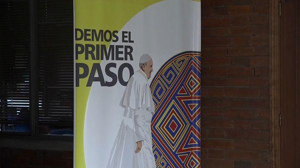 Papa Francis'ten Kolombiya'ya tarihi ziyaret