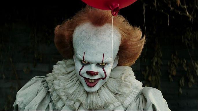 """""""Es"""": Horror-Clown Pennywise kommt zurück in die Kinos"""