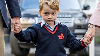 Il principe George al primo giorno di scuola