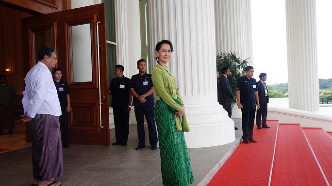 """Suu Kyi zu Kritik an Rohingya-Politik: """"Wir versuchen unser Bestes"""""""