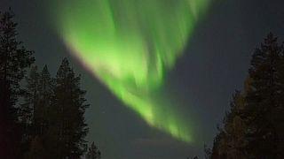 Aurores boréales géantes en Laponie