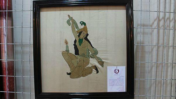 هنر سوزن دوزی زنان افغانستان در ۱۰ کشور به نمایش در می آید
