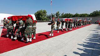 لبنان يشيع جثامين جنوده الذين قتلوا على يد داعش