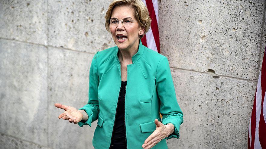 Image: Sen. Elizabeth Warren, D-Mass., speaks to reporters at Texas Souther