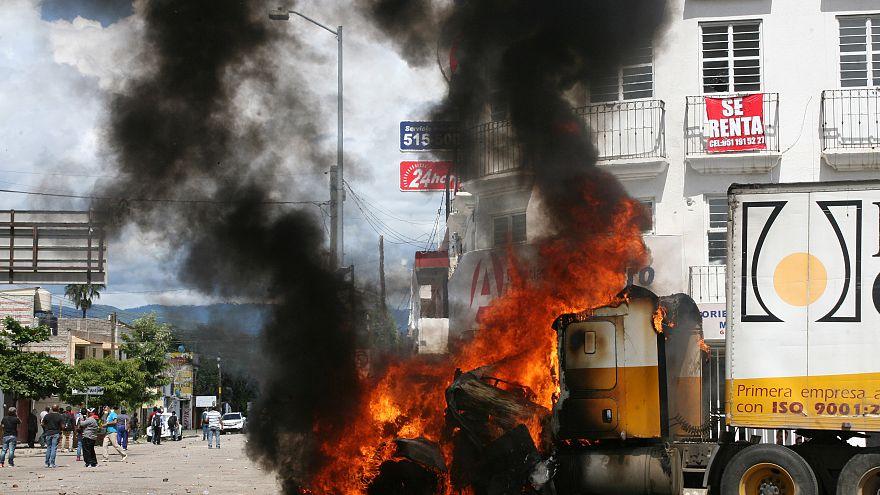 Mexiko: Gewalttätige Ausschreitungen bei Präsidentenbesuch in Oaxaca