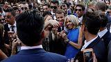 A Macron-házaspár athéni sétája