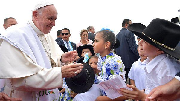 Papa'dan husumetleri bitirme çağrısı