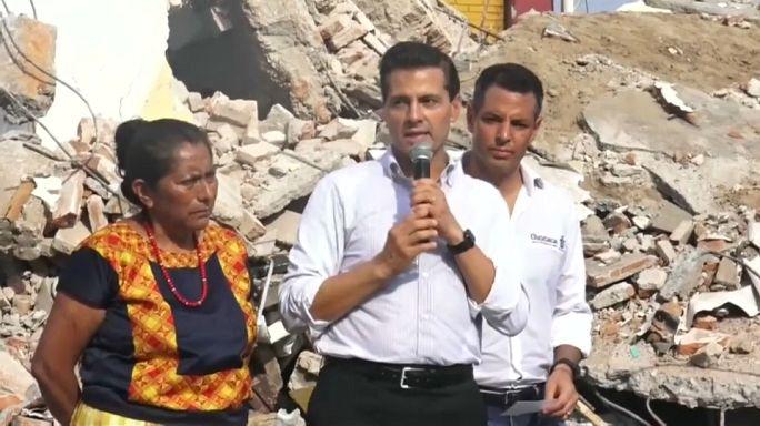 Mexiko: Präsident besucht am schlimmsten betroffene Erdbebenregion